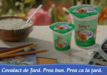 Video Spot Plain yoghurt