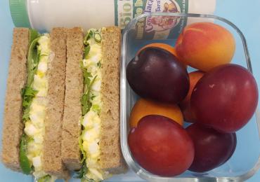 5 idei de pachetel pentru scoala cu lactate Covalact de Tara - Sandwich cu salata de oua