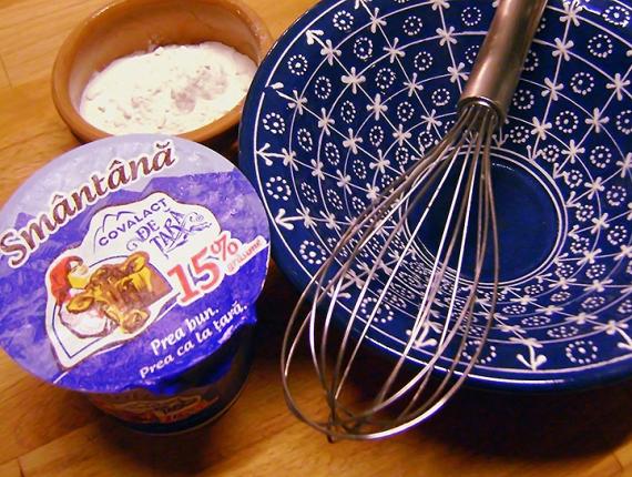 Tort răcoros cu cremă de Brânză de vaci Covalact de Țară